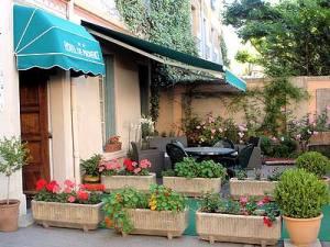 Hôtel de Provence, en plein centre de Digne-les-Bains.