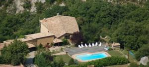 Aco de Roman-Gîtes de charmes avec piscine en Haute Provence (002)
