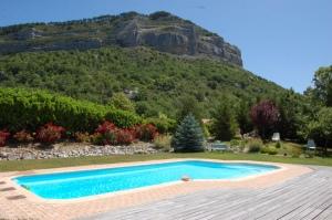 Aco de Roman-Gîtes de charmes avec piscine en Haute Provence (135)